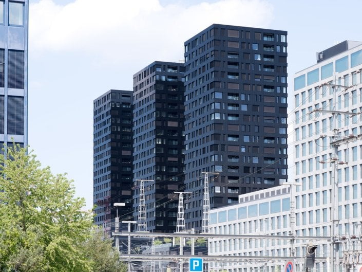 trois tours en construction