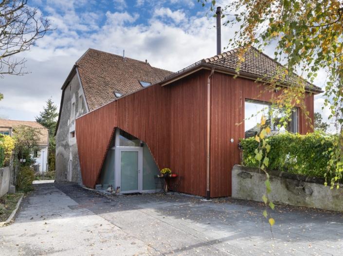 maison avec façades en bois
