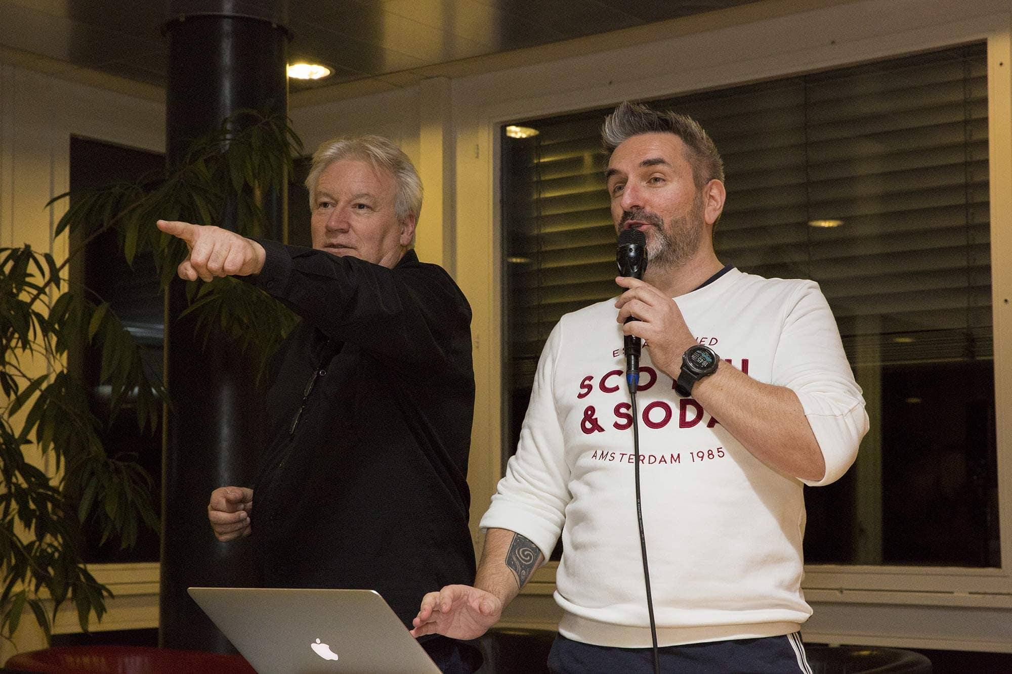 Philippe Martin avec Philippe Robin lors d'un blind test avec les auditeurs d'Option musique