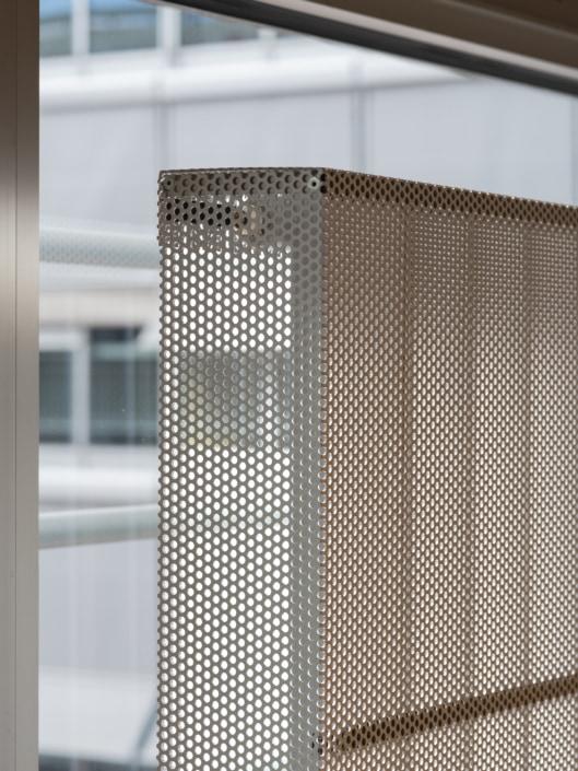 radiateur avec taule de protection