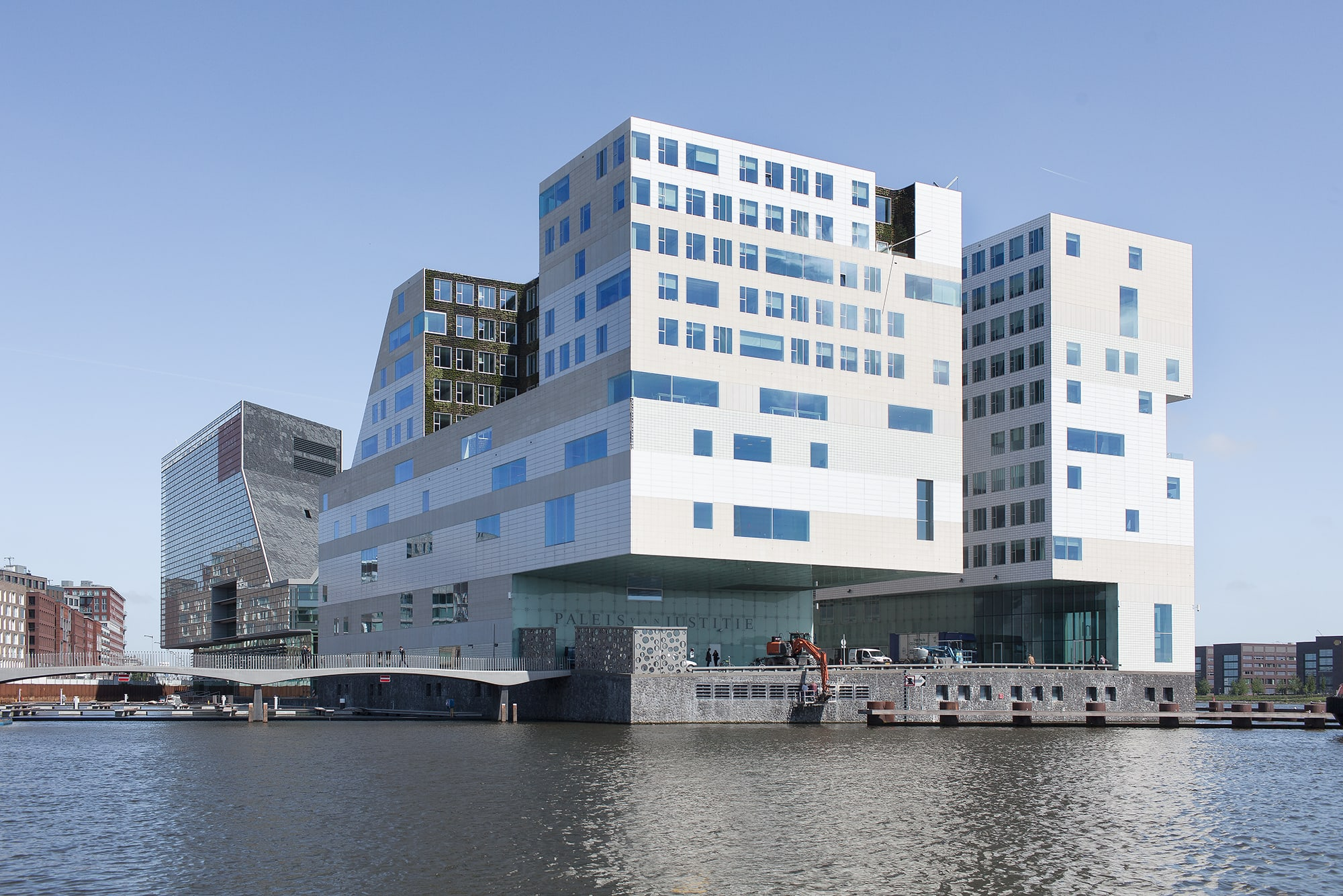 architecture futuriste à Amsterdam